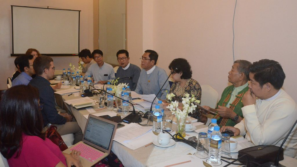 Deputy Minister U Aung Hla Tun holds the meeting with personnel from private media over preparation for holding 7th Conference on Media Development.photo: mna