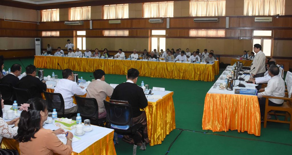 Union Minister Dr. Pe Myint holds the coordination meeting with Myanmar Press Council on development of media  sector yesterday in Nay Pyi Taw. Photo: MNA