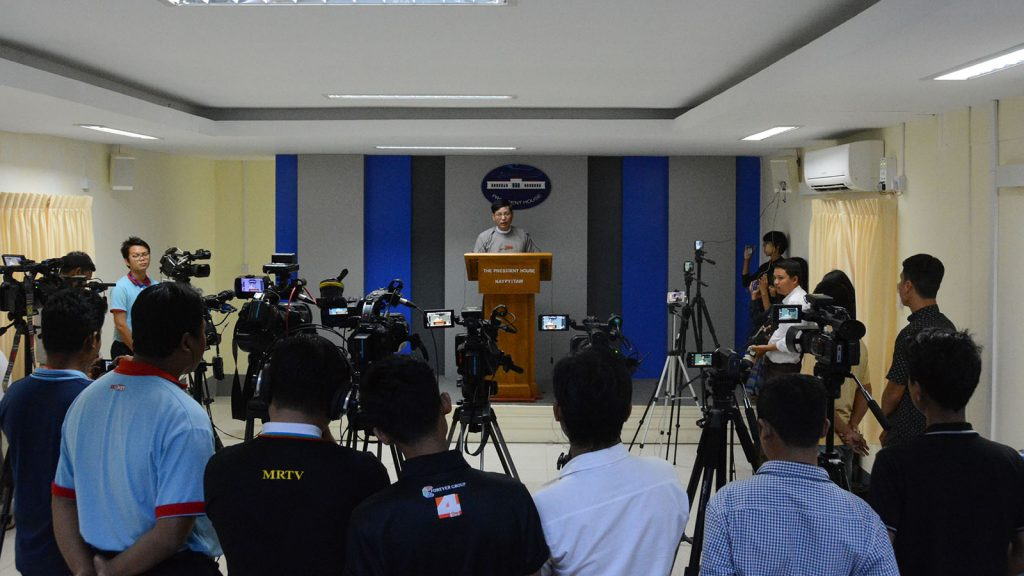 Government spokesperson U Zaw Htay gives the bi-weekly press conference in the Presidential Palace in Nay Pyi Taw yesterday.Photo: MNA