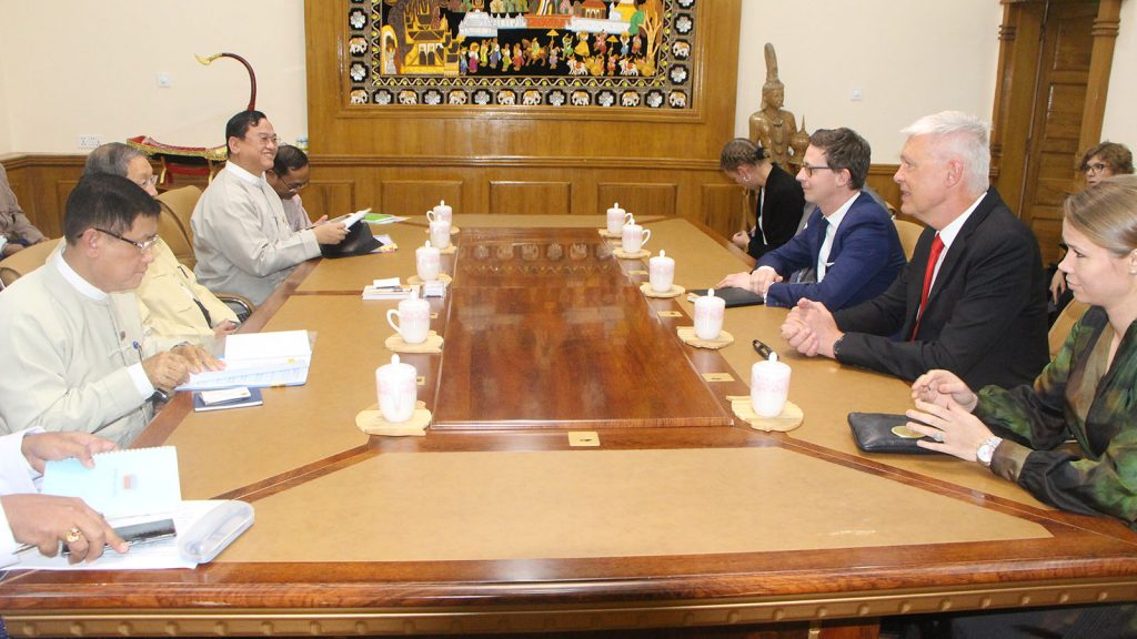 Union Minister U Soe Win meets with Tax Minister of Denmark Mr. Karsten Styrbaek Lauriten in Nay Pyi Taw. Photo: MNA