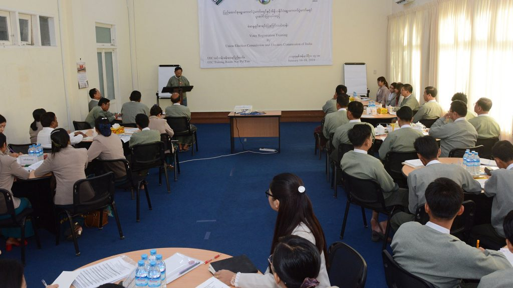 UEC Chairman U Hla Thein delivers the speech at the Voter Registration Training course organized by Union Election Commission and Election Commission of India at UEC Office training room in Nay Pyi Taw yesterday.Photo: MNA