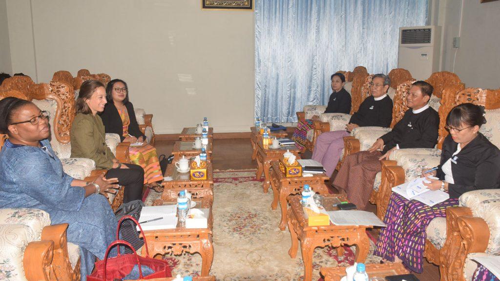 Union Attorney-General U Tun Tun Oo receives Ms. Morgane Landel and delegation of International Development Law Organization at his office.photo: mna