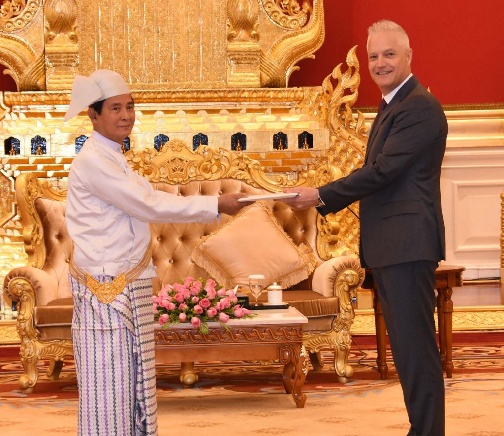 President U Win Myint receives the newly-accredited Ambassador of Switzerland at the Presidential Palace in Nay Pyi Taw yesterday. Photo: MNA