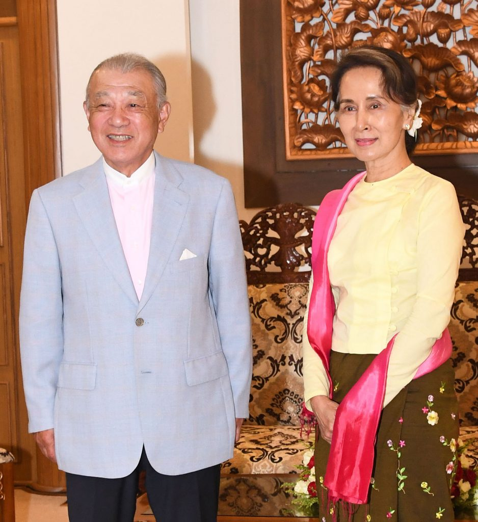 State Counsellor Daw Aung San Suu Kyi meets with Japanese Special Envoy Mr. Yohei Sasakawa at the Ministry of Foreign Affairs in Nay Pyi Taw. Photo: MNA