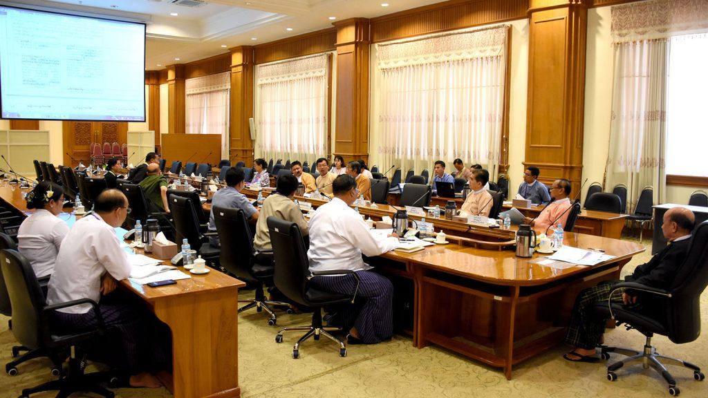 Deputy Speaker of Pyidaungsu Hluttaw U Tun Tun Hein attends the Pyidaungsu Hluttaw Joint Bill Committee meeting.Photo: MNA