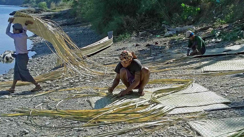 Men making mats with bamboo near Kywaltakhar village in Pwintphyu Township, Magway Region.Photo: Ye Win Naing (NyaungU)