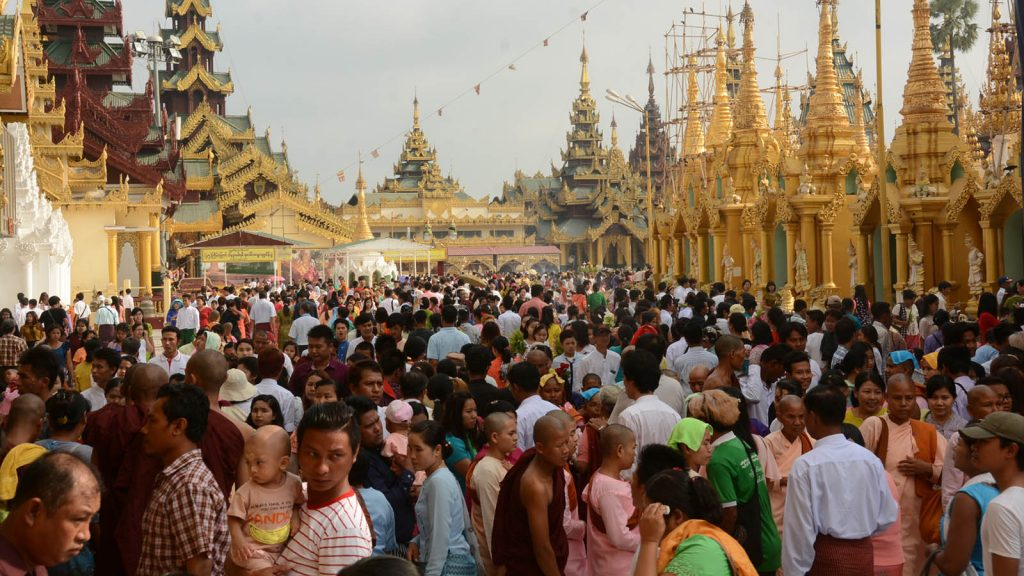 The Shwedagon Pagoda is crowded with people on the New Year of ME 1381.PHOTO: HLA MOE