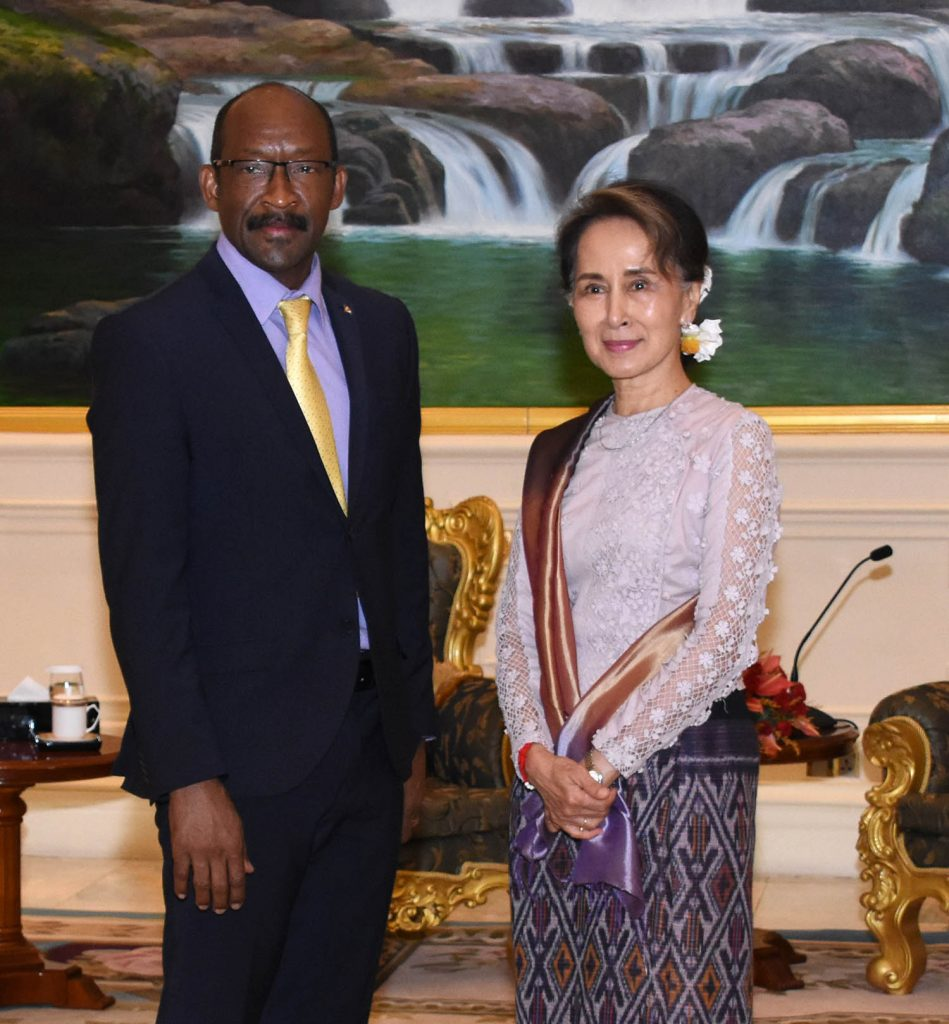 State Counsellor Daw Aung San Suu Kyi meets with Seychelles Vice President Mr. Vincent Meriton  at the President Office in Nay Pyi Taw. Photo: MNA