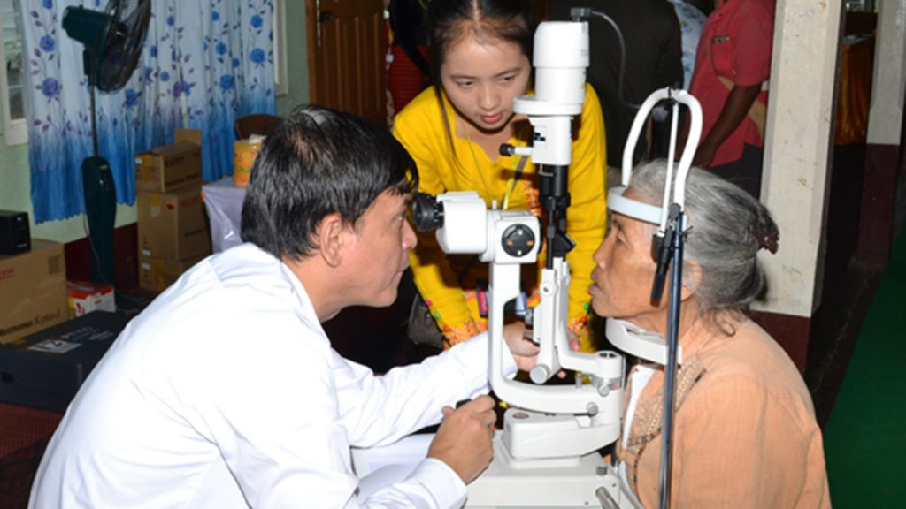 An ophthalmologist provides special eye treatment to the local people.Photo : Min Lwin OO (IPRD)