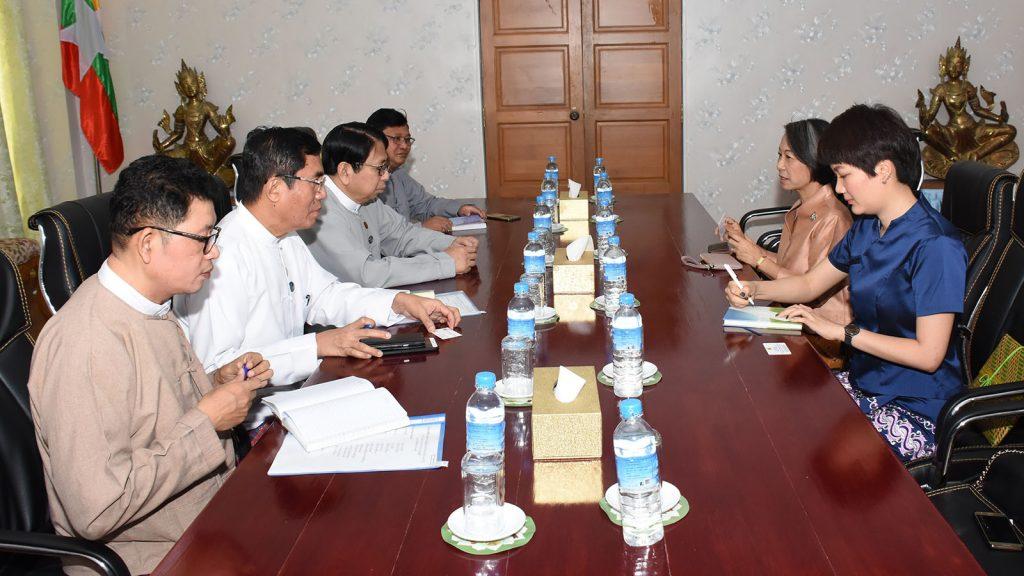 Union Minister Dr. Pe Myint holds talks with Thai Ambassador Mrs. Suphatra Srimaitreephithak yesterday. Photo: MNA