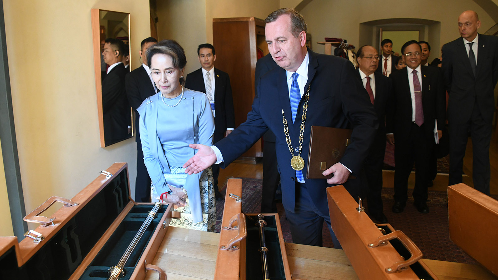 State Counsellor Daw Aung San Suu Kyi looks around the Charles University in Prague, the Czech Republic yesterday.Photo: MNA