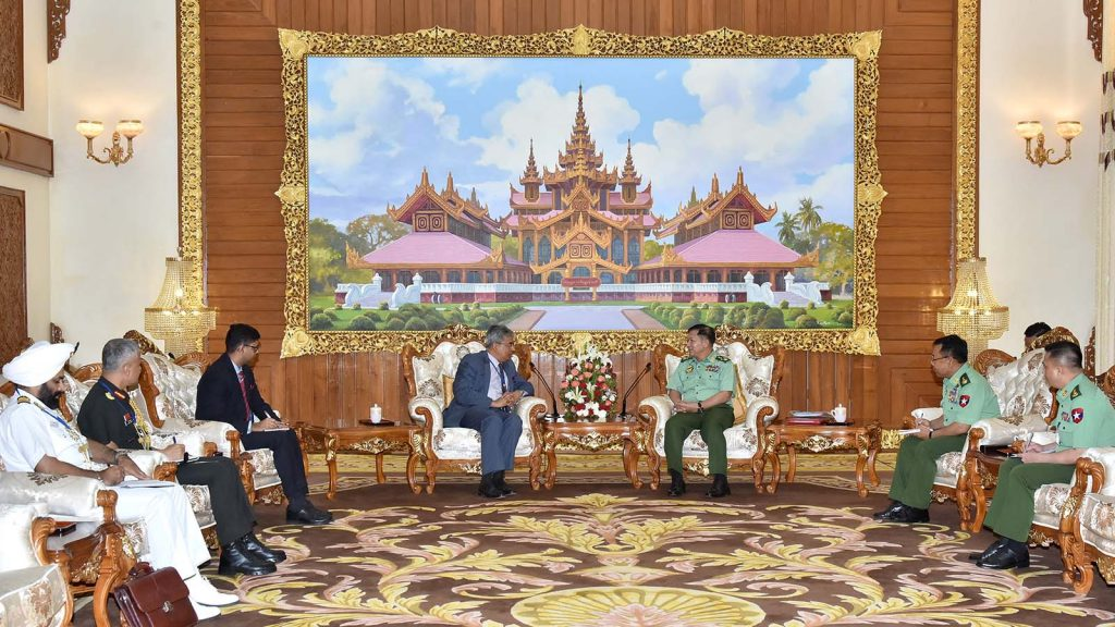 Commander-in-Chief of Defence Services Senior General Min Aung Hlaing meeting with Indian Ambassador Mr. Saurabh Kumar at the Bayintnaung guest house in Nay Pyi Taw yesterday.Photo: Office of the Commander-in-Chief