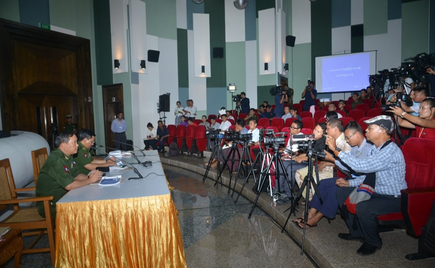 Tatmadaw True News Team replies to queries raised by journalists from news agencies. Photo: Office of the C-IN-C of Defence Services