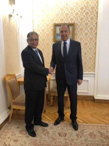 Union Minister U Kyaw Tint Swe shakes hands with Minister of Foreign Affairs of the Russian Federation Mr. Sergey Lavrov at the Ministry of Foreign Affairs office on 10 June 2019.Photo: MNA
