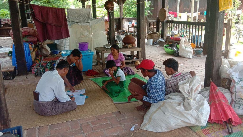 Flood victims seen at temporary shelter at the Shwesigon Pagoda in Htigyaing, Katha District, Sagaing Region.Photo: IPRD