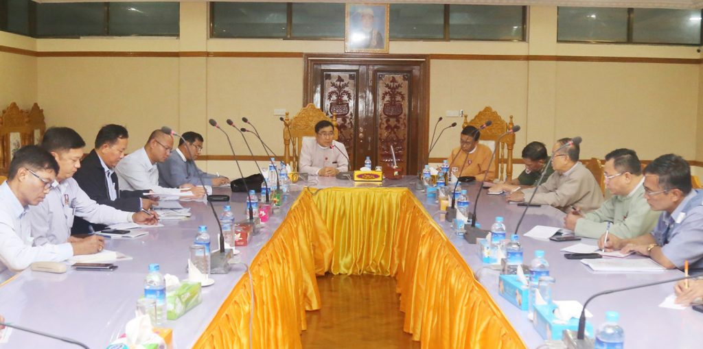 Union Minister Dr Win Myat Aye attends the coordination meeting for providing aid to IDPs in Paletwa Township.Photo: MNA