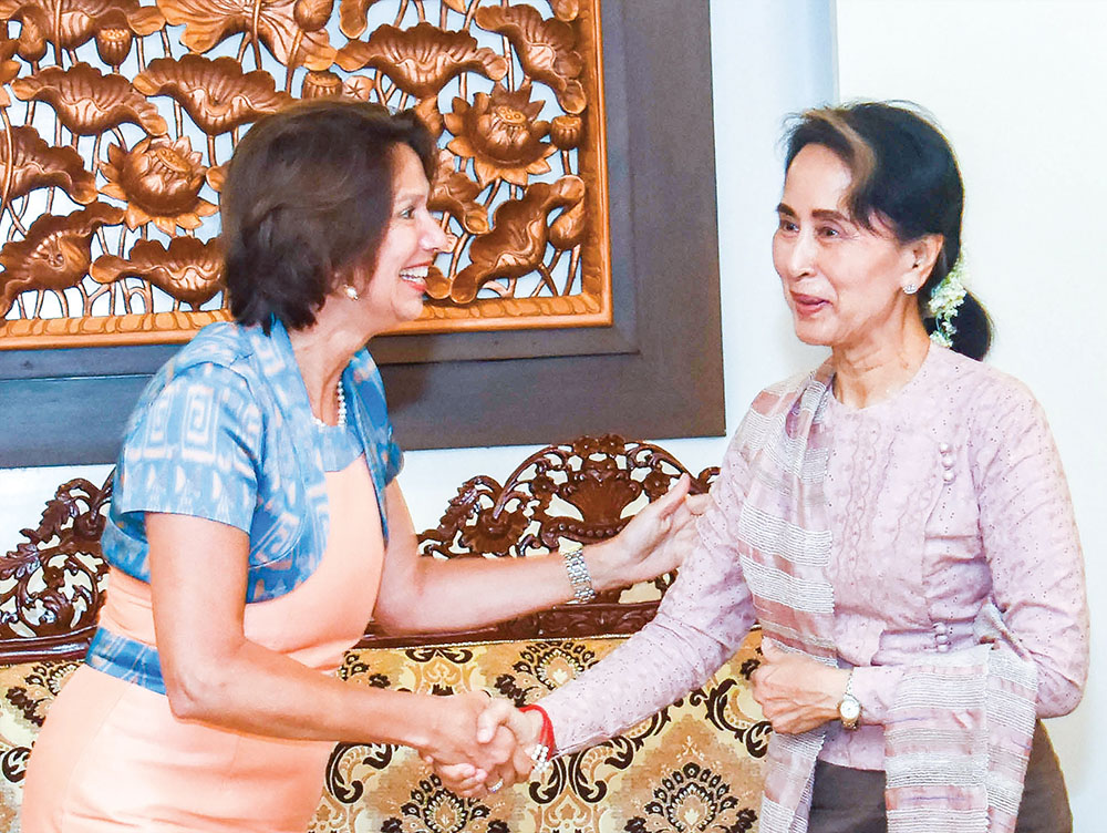 State Counsellor Daw Aung San Suu Kyi welcomes United Nations Secretary-General's Special Envoy on Myanmar Mrs Christine Schraner Burgener at the Ministry of Foreign Affairs in Nay Pyi Taw yesterday. PHOTO: MNA