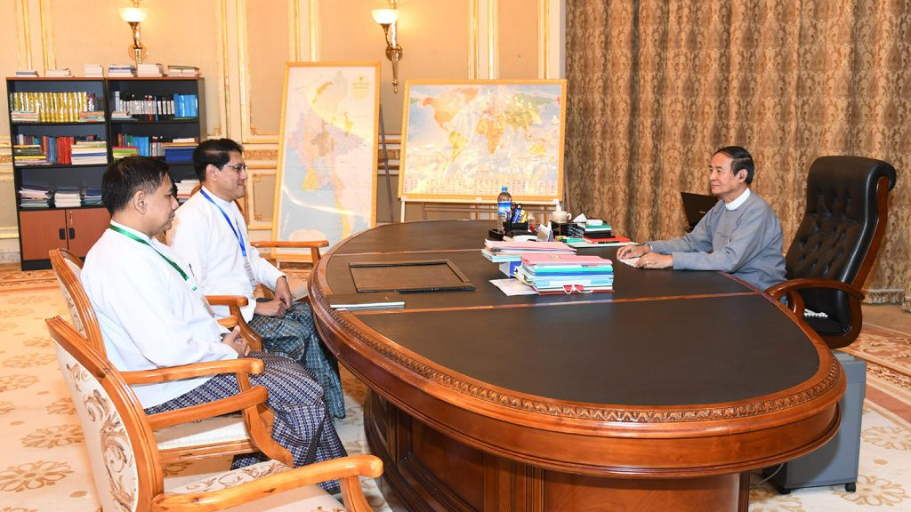 President U Win Myint gives policy guidance to Ambassadors U Myo Thant Pe and U Myint Thu at the Presidential Palace in Nay Pyi Taw on 20 August 2019.Photo: MNA