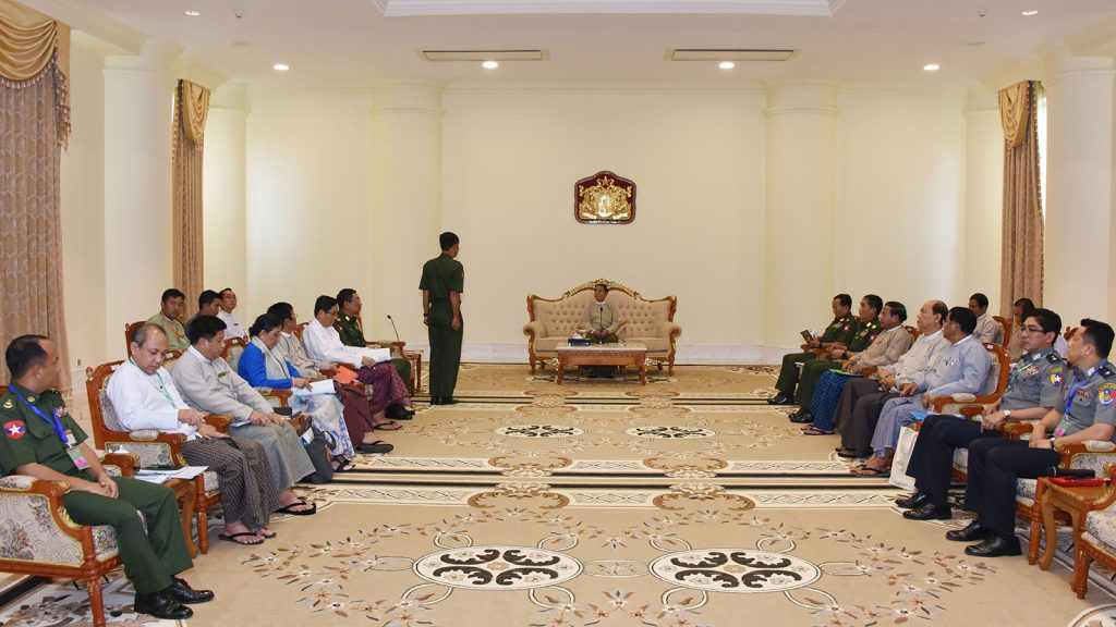 President U Win Myint meets with the Central Committee for Drug Abuse Control (CCDAC) at the Presidential Palace in Nay Pyi Taw.Photo: MnA