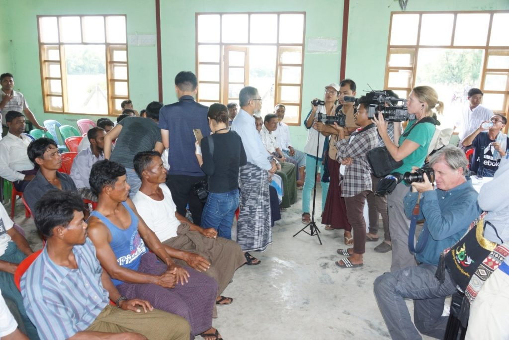 Journalists interview local ethic Rakhine people, Hindus, and Muslims in Shwezar Village. Photo: MNA