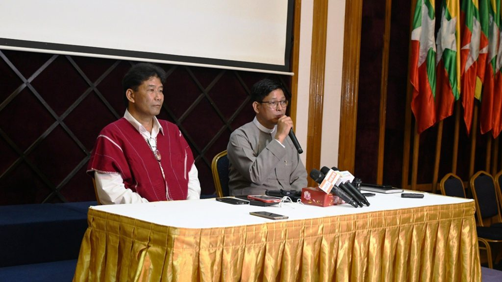 KNU General Secretary Padoh Saw Tado Moo (R) and Ministry of State Counsellor Office Director General U Zaw Htay (L) respond to questions raised by the media.Photo: Phoe Htaung