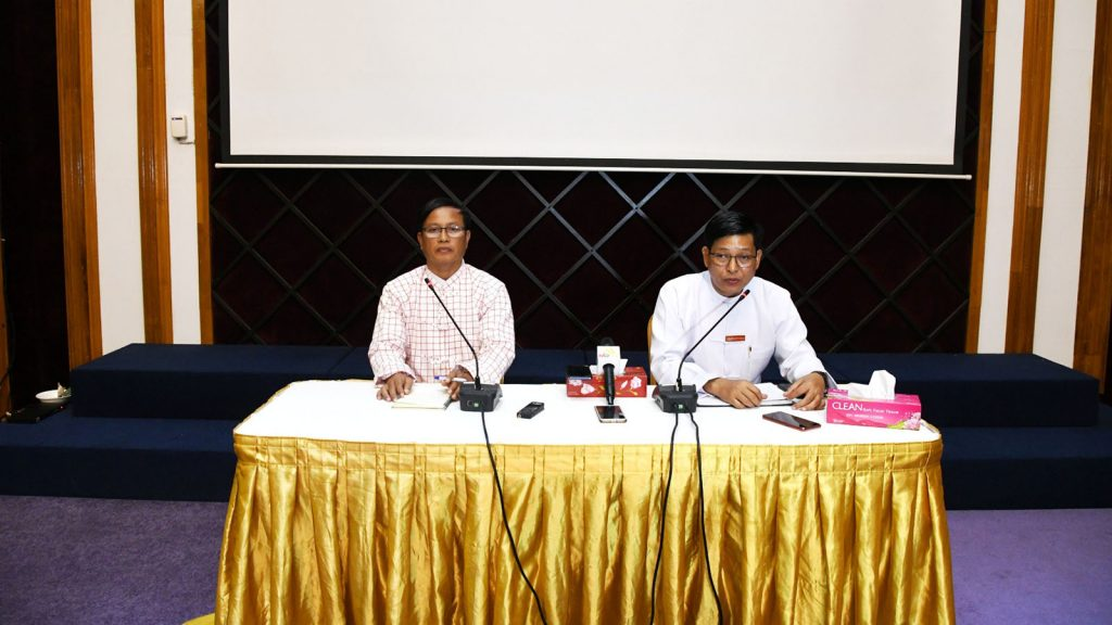Ministry of State Counsellor Office Director-General U Zaw Htay and representative of NCA-S EAO Nai Aung Ma Ngay answer questions raised by media. Photo: Pho Htaung