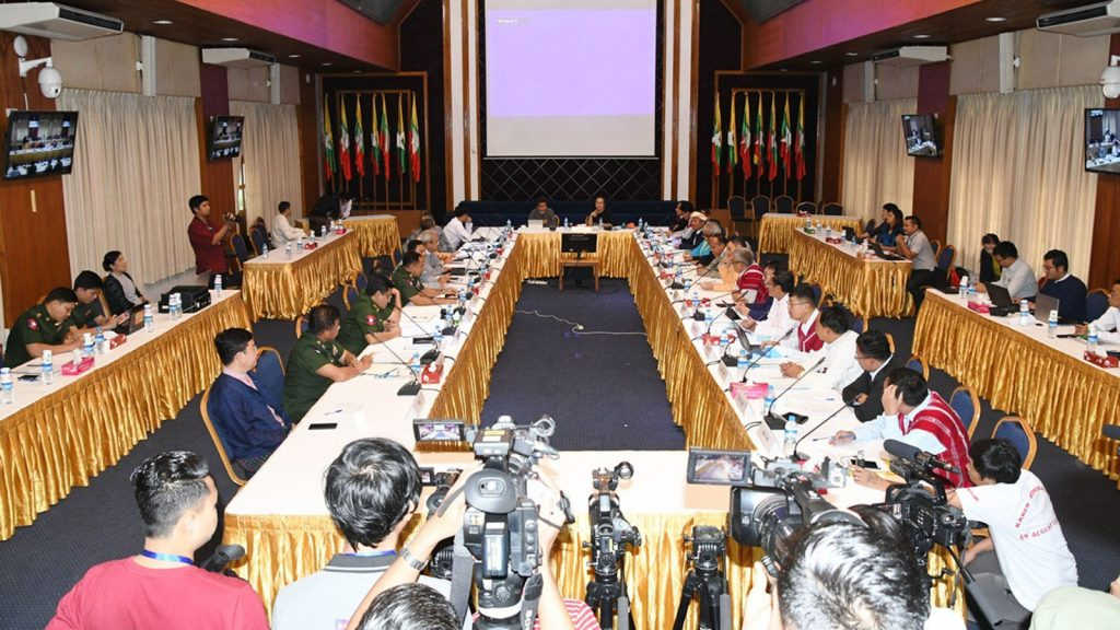 Representatives from government and NCA-S EAO coordination group hold a coordination meeting on peace process at National Reconciliation and Peace Center (NRPC) in Yangon yesterday. Photo: Pho Htaung