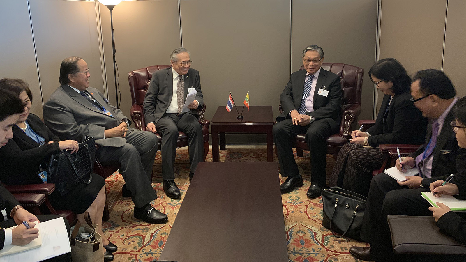 Union Minister U Kyaw Tint Swe (R) meets with Minister of Foreign Affairs of the Kingdom of Thailand Mr. Don Pramudwinai and delegation on 27 September.Photo: MNA