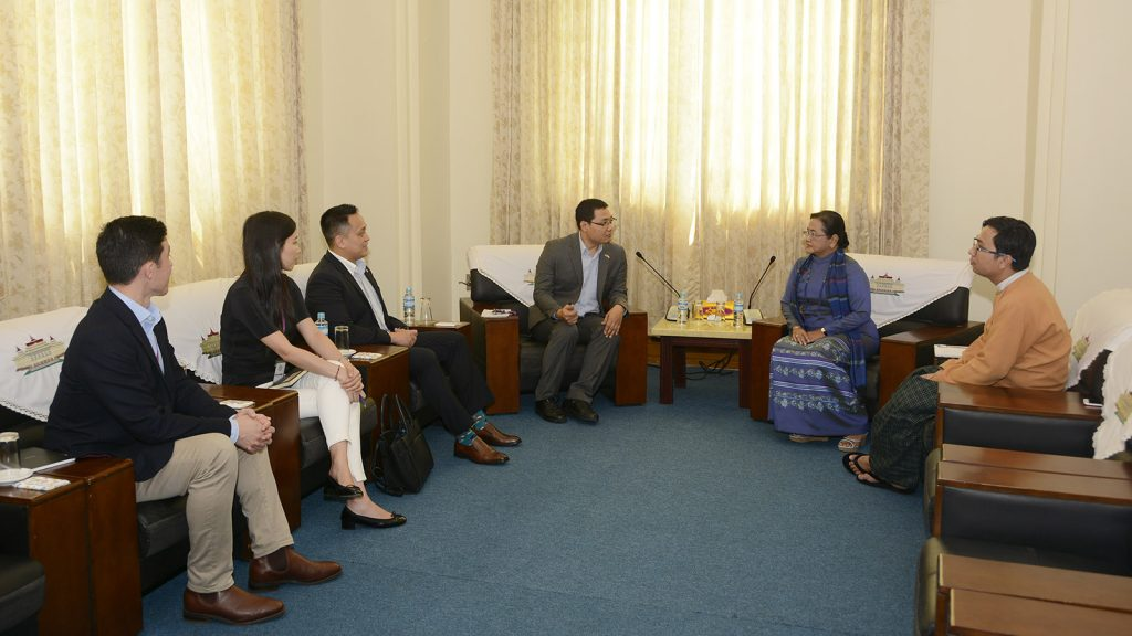 Daw Su Su Lwin, Leader of the Advisory Team to Promote Legislative Capacity-Building of Pyithu Hluttaw, meets Facebook Myanmar Team delegation led by Mr KhoeReh in Nay Pyi Taw yesterday.Photo: MNA