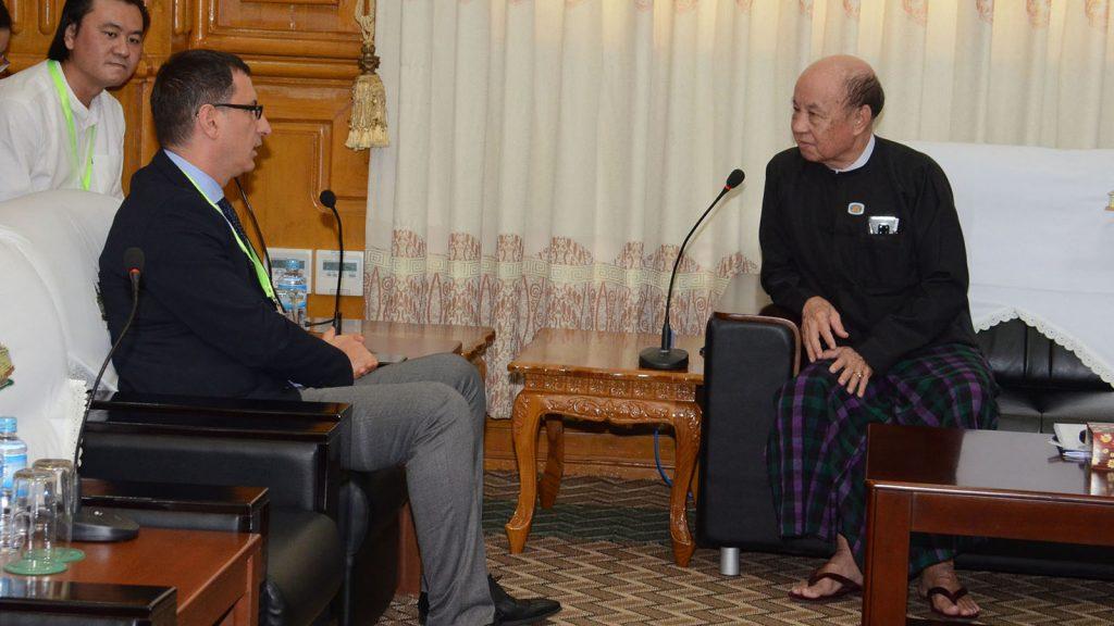 Pyithu Hluttaw Deputy Speaker U Tun Tun Hein meets with National Democratic Institute (NDI) Senior Legislative Strengthening Adviser Edmond Efendija in Nay Pyi Taw yesterday.Photo: MNA