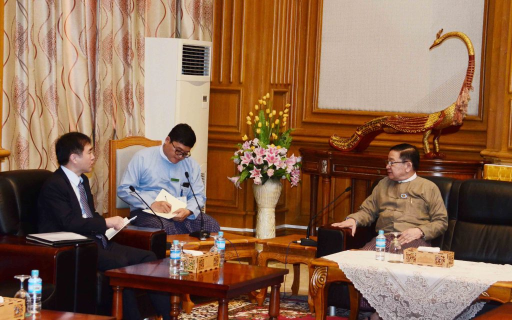Speaker of Pyithu Hluttaw U T Khun Myat meets with Ambassador of the Republic of Korea Mr Lee Sang-hwa in Nay Pyi Taw yesterday.Photo: MNA