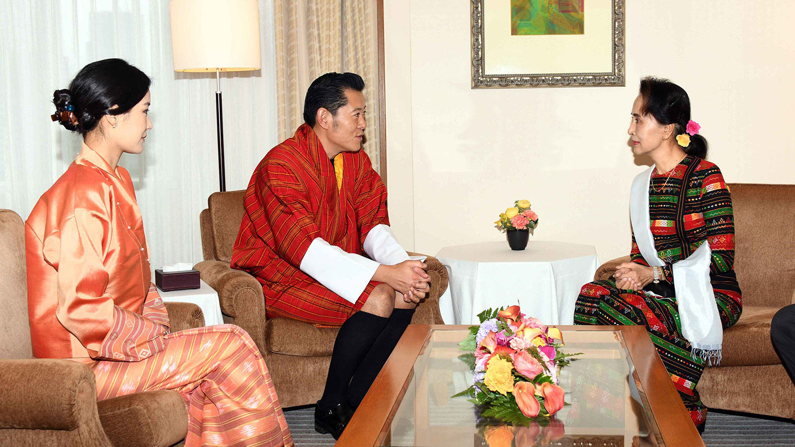 State Counsellor Daw Aung San Suu Kyi meets with King of Bhutan Jigme Khesar Namgyel Wangchuck at the Imperial Hotel in Tokyo yesterday.Photo: MNA