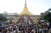 Pagodas in Nay Pyi Taw crowded with people on Thandingyut Full Moon Day