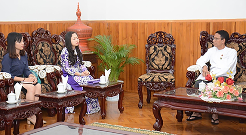 Union Minister Dr Aung Thu meets with Vietnamese Ambassador Dr Luan Thuy Duong in Nay Pyi Taw yesterday.Photo: MNA