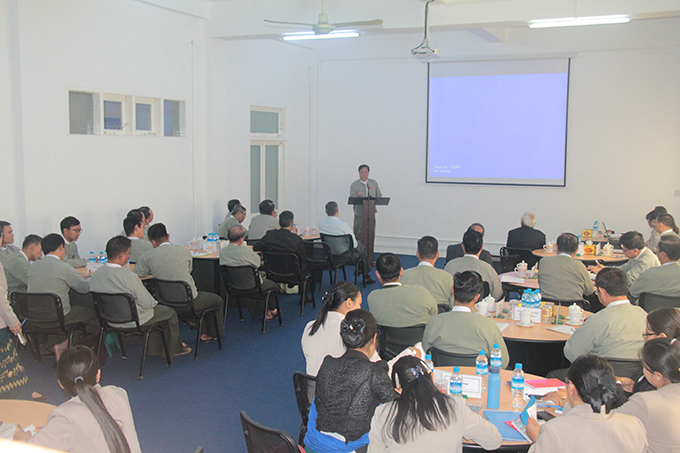 The opening ceremony of the training course on voting, vote counting and announcing the results is in progress at the UEC Office in Nay Pyi Taw yesterday.  Photo: MNA