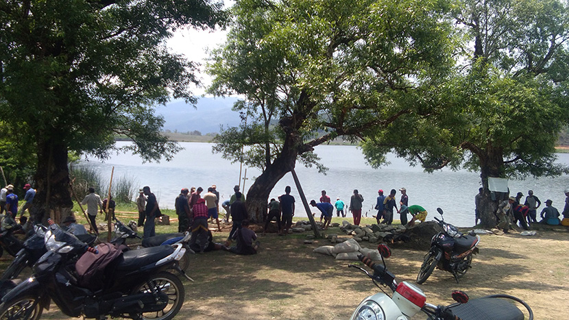 Local travelers visit the Rih Lake in Chin State. Photo: Pakkar (Rih lake)