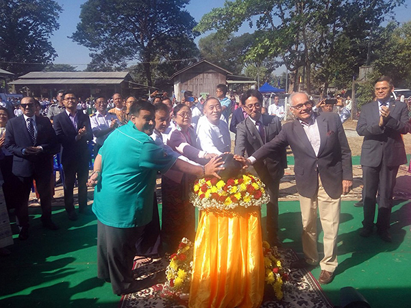 Bago Region Social Affairs Minister Daw Nyunt Nyunt Htay, Director-General U Ko Lay Win, ambassadors and officials open the new school building in Kywe Pwe yesterday. Photo: mna