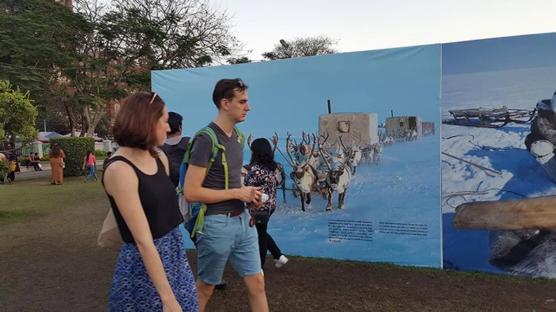 Tourists walk around at the Mahabandoola Park. Photo: Ye Htut Tin (NLM)