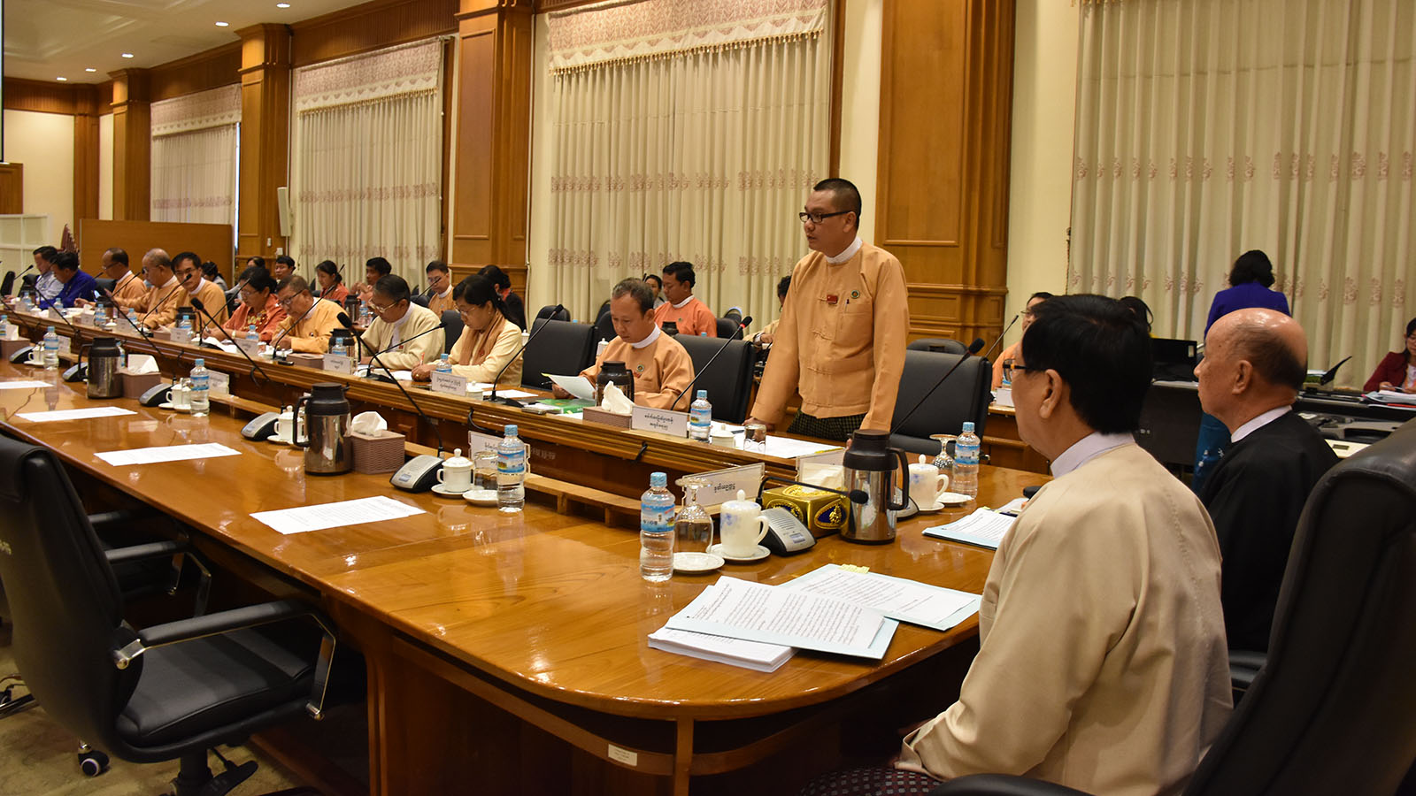 Meeting 3/2020 of the Joint Committee on Amending the 2008 Constitution underway in Nay Pyi Taw yesterday. photo: MNA