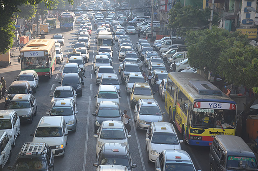 Rush-hour traffic seen in Yangon as authorities are sending modified vehicles to the traffic police for de-registration. Photo: Phoe Khwar
