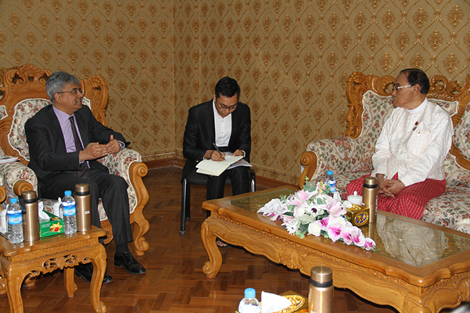Union Minister for Ethnic Affairs Nai Thet Lwin meets with Indian Ambassador Mr Saurabh Kumar at he Ministry of Ethnic Affairs in Nay Pyi Taw yesterday.Photo: MNA