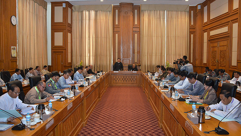 Pyidaungsu Hluttaw and Pyithu Hluttaw Speaker U T Khun Myat addresses the Central Committee and Work Committees for organizing Hluttaw meetings. Photo:MNA
