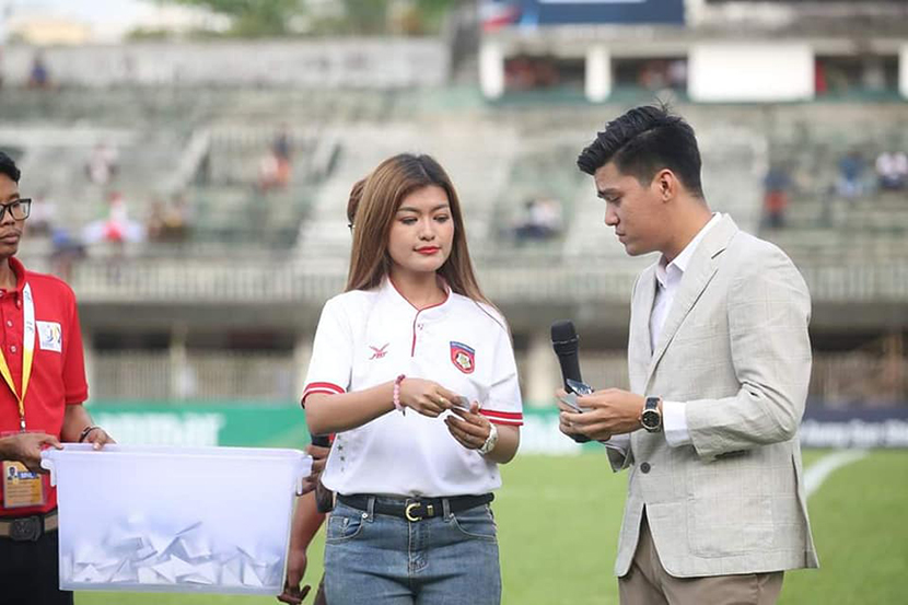 Artistes declaring the lucky draw winners at the previous MFF Charity Cup 2019.Photo:MNL