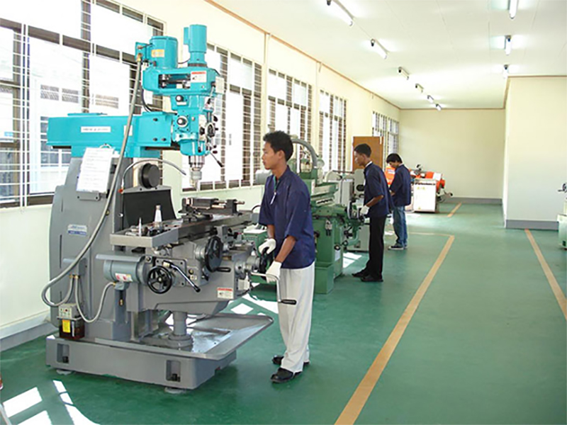 Trainees working on a machine at the Industrial Training Center (Thagaya).Photo: GNLM