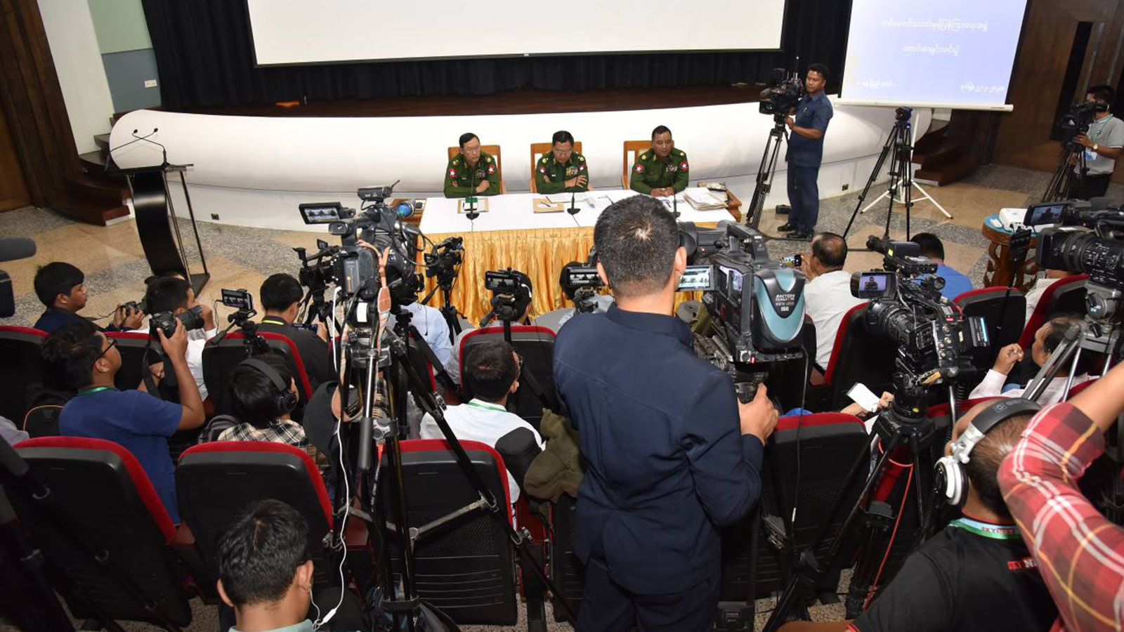 Tatmadaw True News Team hold the press conference in Nay Pyi Taw yesterday. Photo: MNA