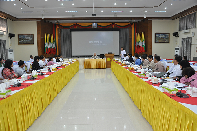 Union Minister Dr Myint Htwe holds a coordination meeting with senior health officers and officials from relevant state departments in Nay Pyi Taw yesterday. Photo: MNA