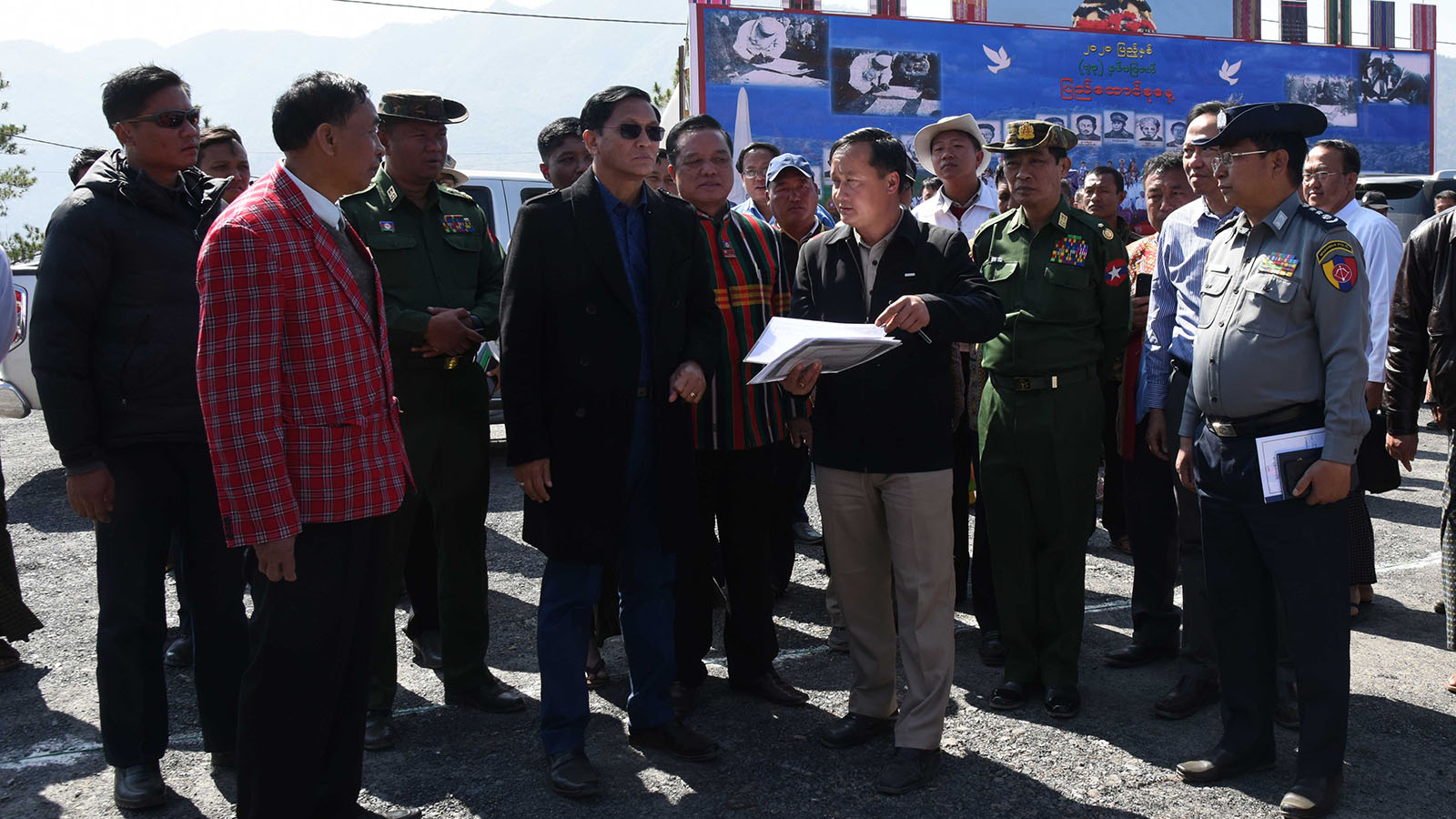 Vice President U Henry Van Thio inspects the preparation for holding the 72nd Anniversary Chin National Day yesterday.Photo:MNA