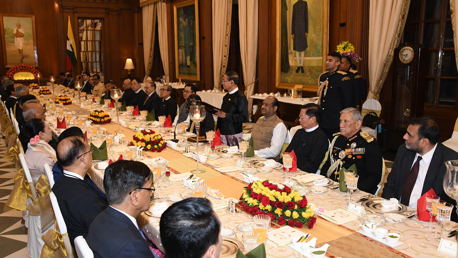 President U Win Myint delivers the address at the state banquet hosted by Indian President Shri Ram Nath Kovind at the Presidential Palace in India on 27 February.  Photo: MNA