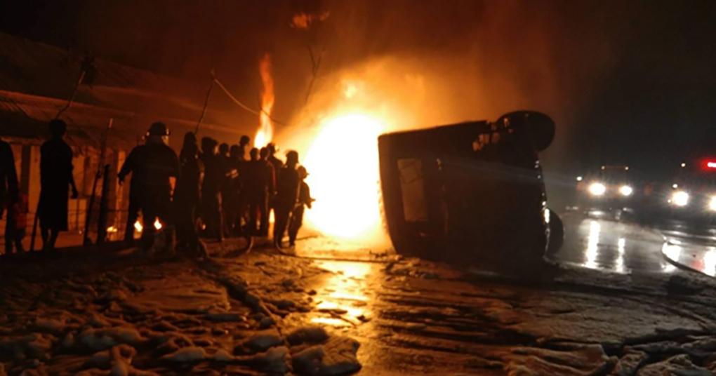 Firefighters extinguishing flames after crash in Mawlamyine on 15 February.Photo:Moe Tauk (Shwebo)