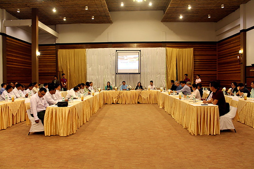 The business meeting being held to discuss investments in Myeik.Photo: Myint Oo (Myeik)